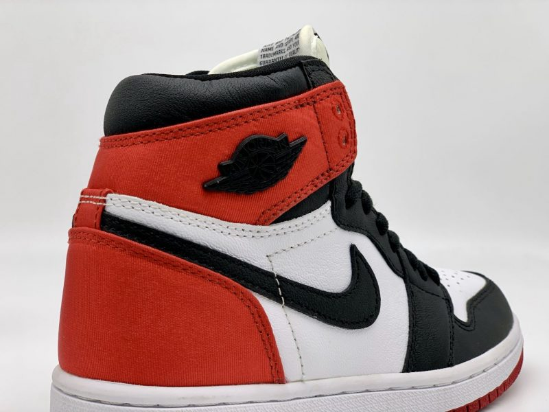 Air Jordan 1 Retro High Satin Black Toe Replica 1 1