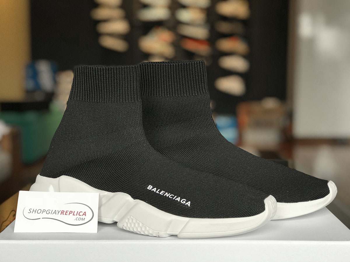 giay balenciaga speed trainer black white replica