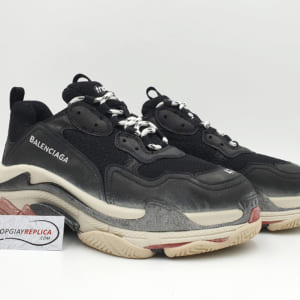 giay balenciaga triple s den do replica 1:1