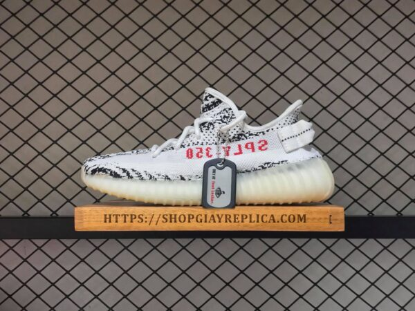 giay adidas Yezzy 350 v2 soc den trang