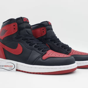 Nike Jordan 1 Bred