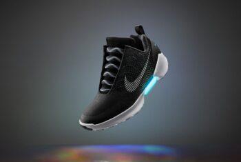 Đánh giá đôi giày tự cột dây của Nike: Nike HyperAdapt 1.0