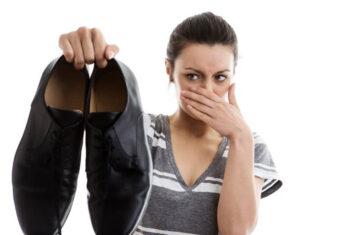 Những cách khử mùi giày thể thao nhanh mà hữu hiệu nhất