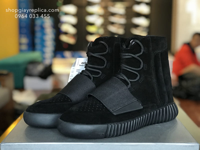 giày Adidas Yeezy Boost 750 triple black replica