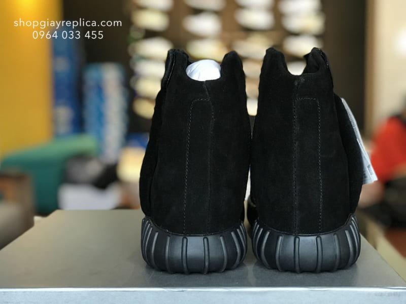 Adidas Yeezy Boost 750 triple black replica 4