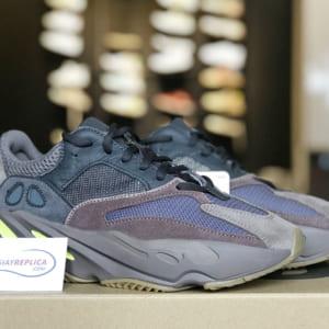 giày adidas yeezy 700 mauve replica