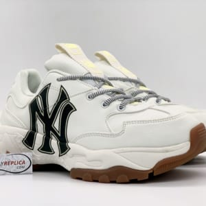 Giày MLB NY trắng chữ đen replica