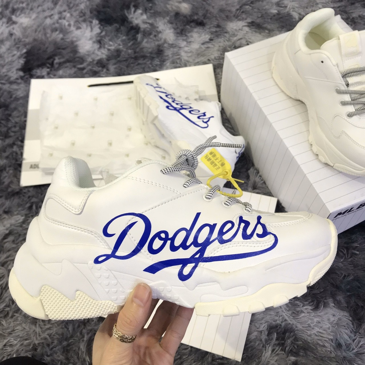 giay mlb dodgers replica