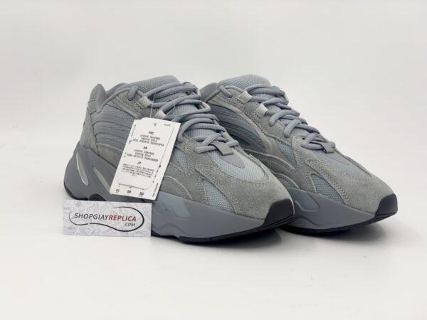 Giày Adidas Yeezy 700 V2 Hospital Blue Replica