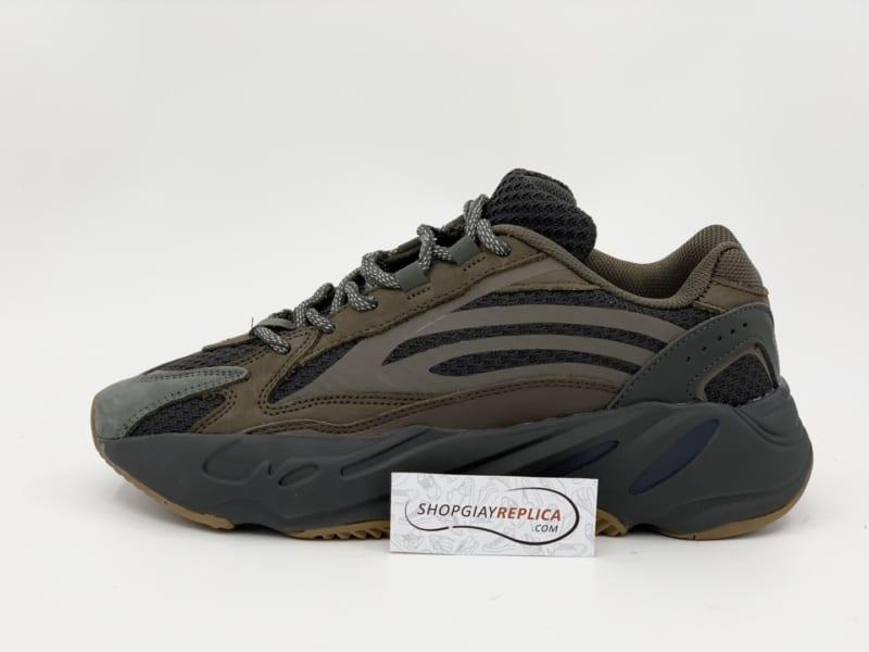 Giày Adidas Yeezy 700 V2 Geode Replica