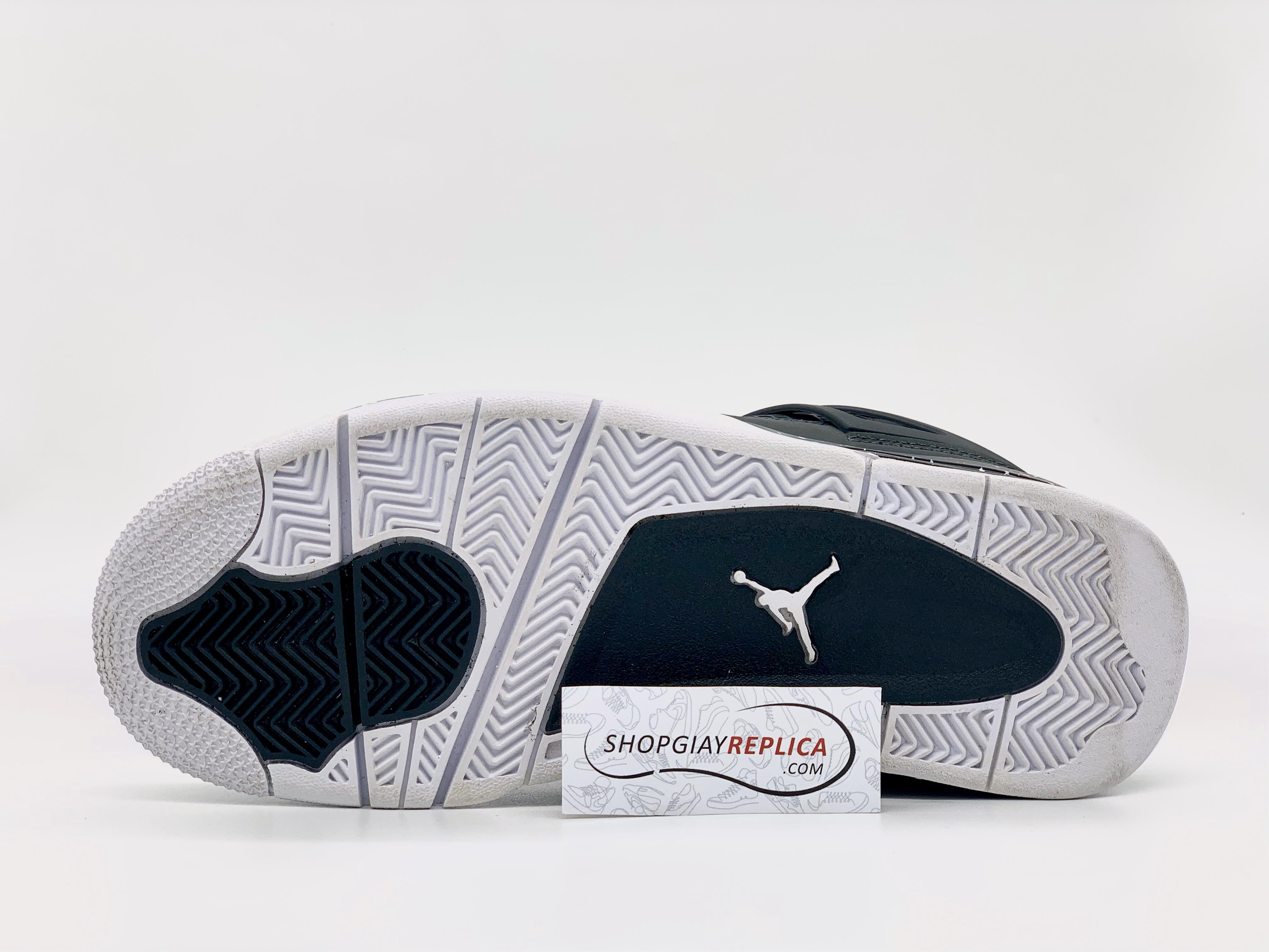 Giày Nike Air Jordan 4 Retro Fear Pack replica