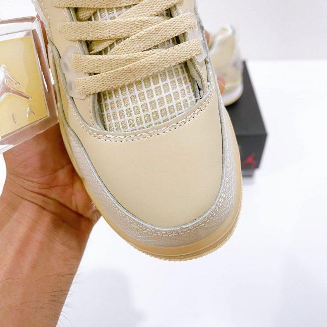 Toebox Nike Jordan 4 Off White Sail