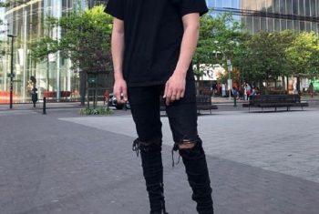 Phối đồ với giày Balenciaga Triple S – 4 outfit chất lừ cho nam