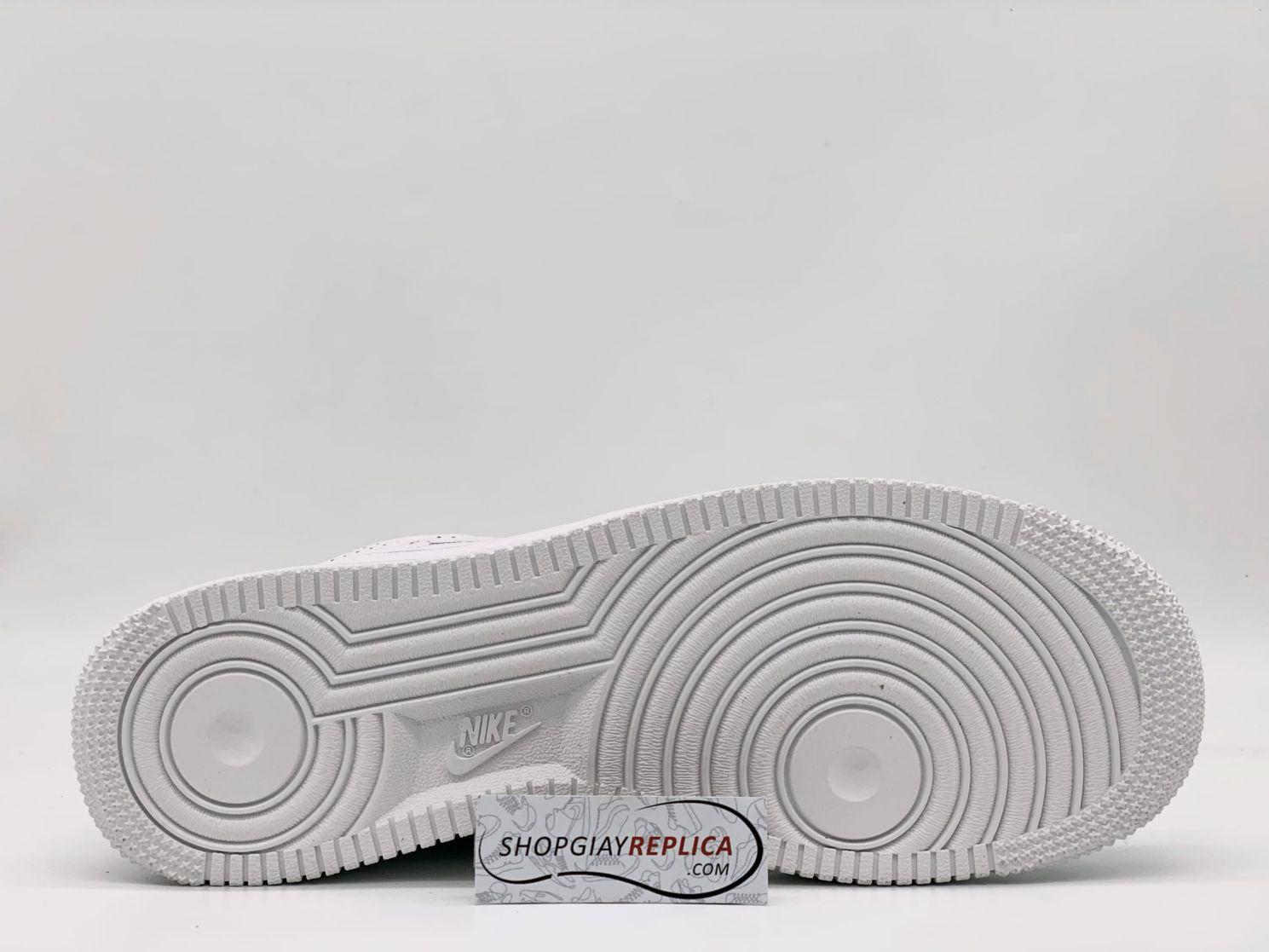 đế giày Nike Air Force 1 LX Tear Away Red Swoosh