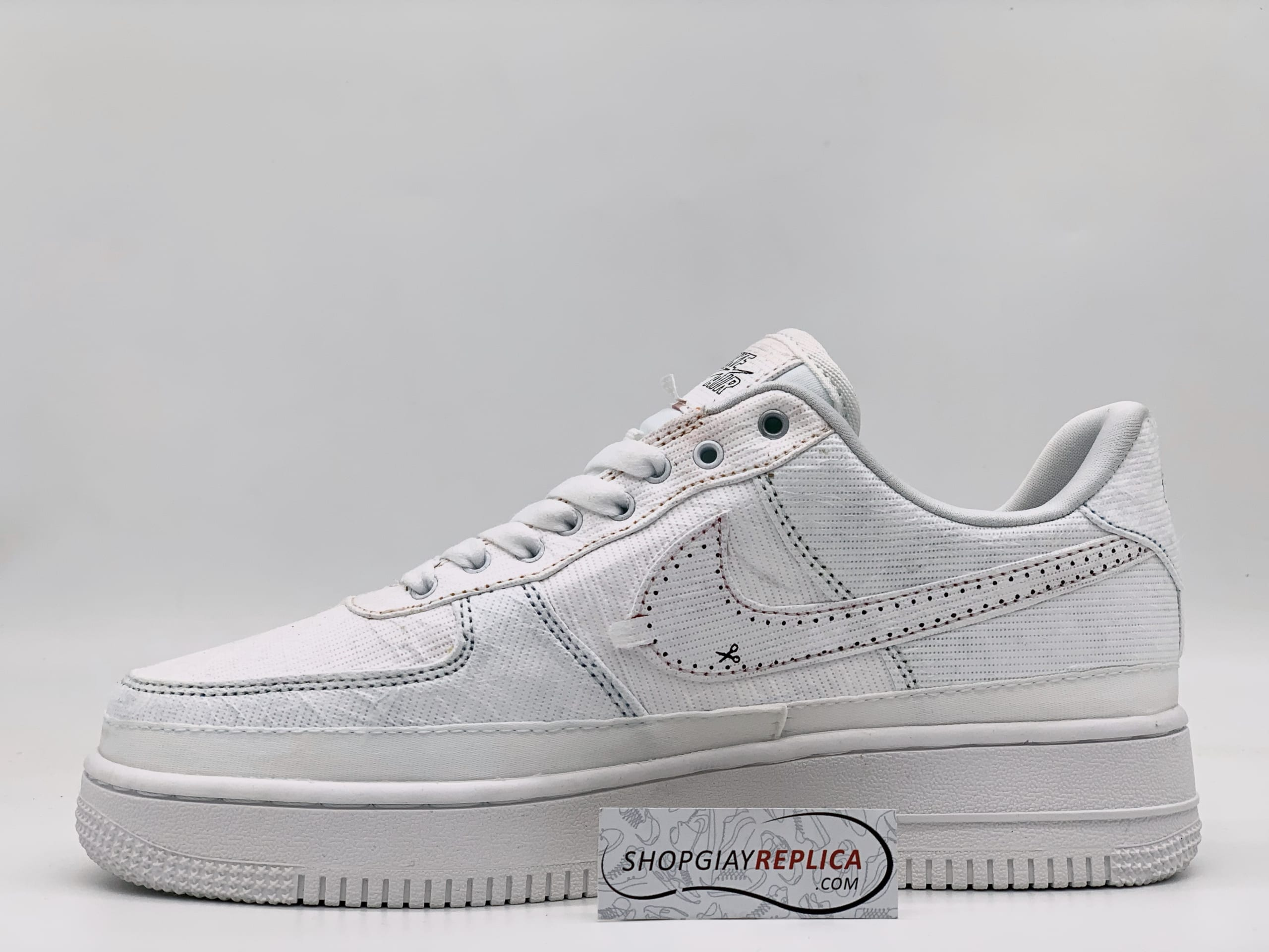 Giày Nike Tear Away xé rách