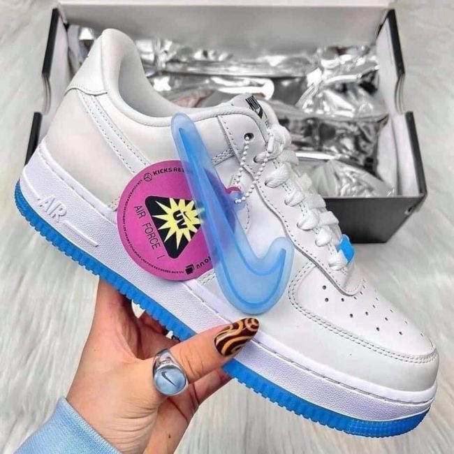 giày Nike Air Force 1 07 LX UV Reactive