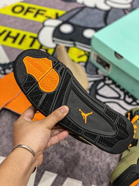 đế giày Air Jordan 4 Retro Undefeated Like Auth